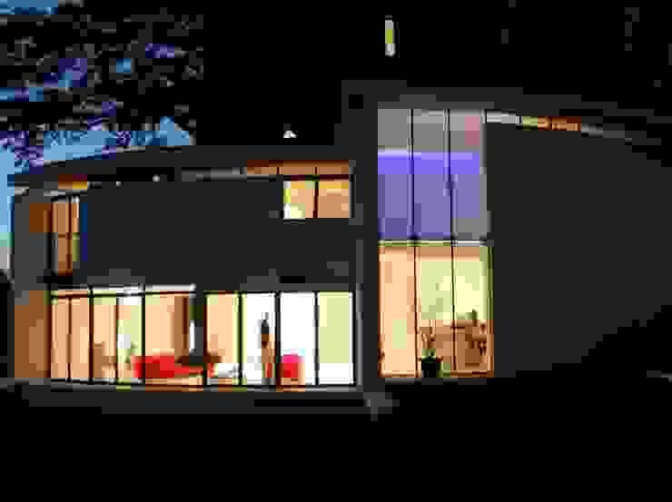 Lymm Water Tower Casas modernas de Kate and Sam Moderno