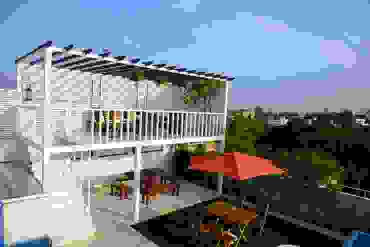 Terrace Garden Mediterranean style balcony, veranda & terrace by Design Consortium Mediterranean