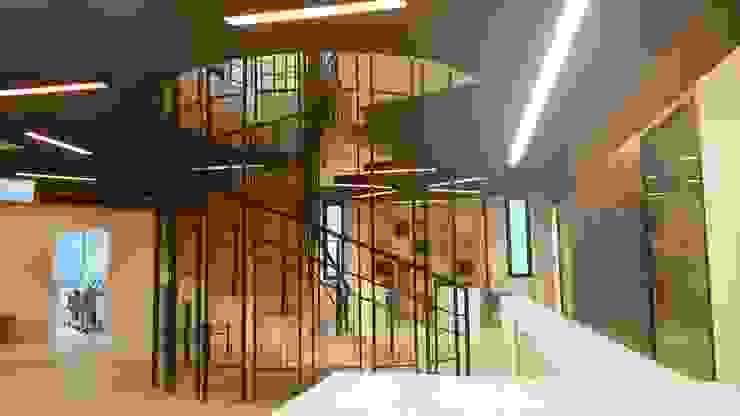 SEVİYE ANADOLU LİSESİ VE ORTAOKULU Modern Koridor, Hol & Merdivenler ÖZ-İŞ İNŞAAT İÇ MİMARLIK HAZIR MUTFAK Modern