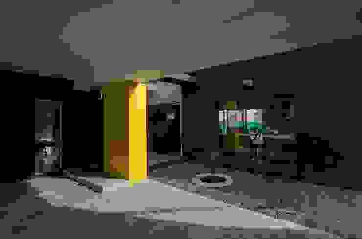 Houses by APPaisajismo, Modern