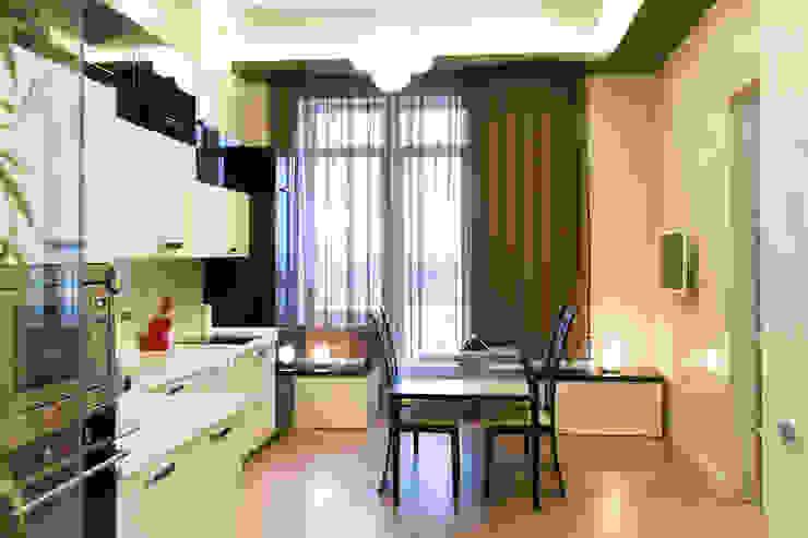 Интерьер квартиры в современном стиле Кухни в эклектичном стиле от Antica Style Эклектичный