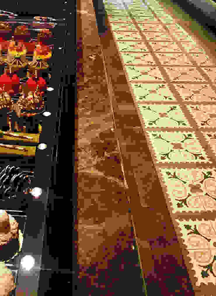 Karosiman / Yağcıoğlu Pastanesi Minimalist Duvar & Zemin Karosiman Desenli Yer Karoları Minimalist Taş