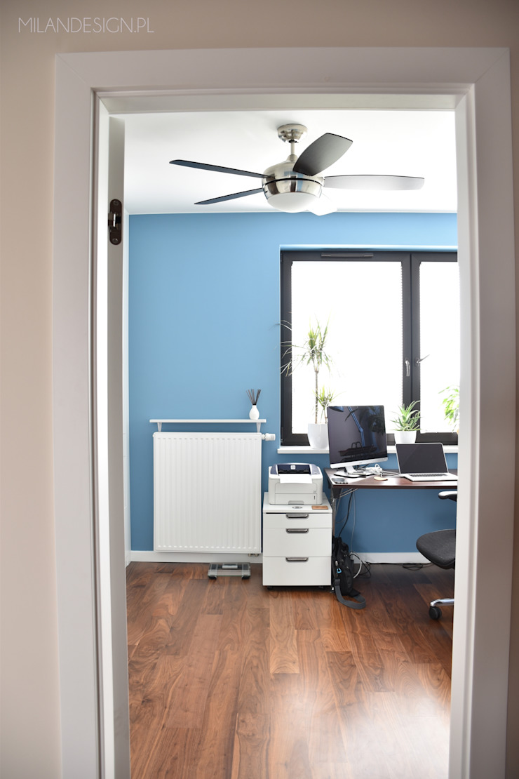 Gabinet w wersji dla niego Nowoczesne domowe biuro i gabinet od Milan design Nowoczesny