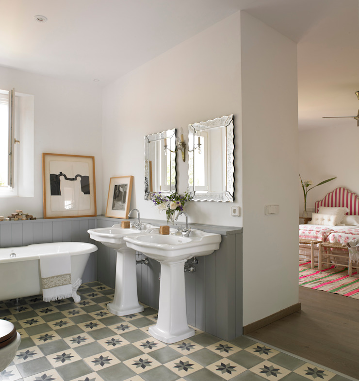 Baños de estilo moderno de Melian Randolph Moderno