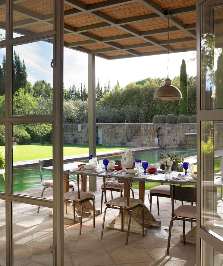 Balcones y terrazas de estilo moderno de Melian Randolph Moderno