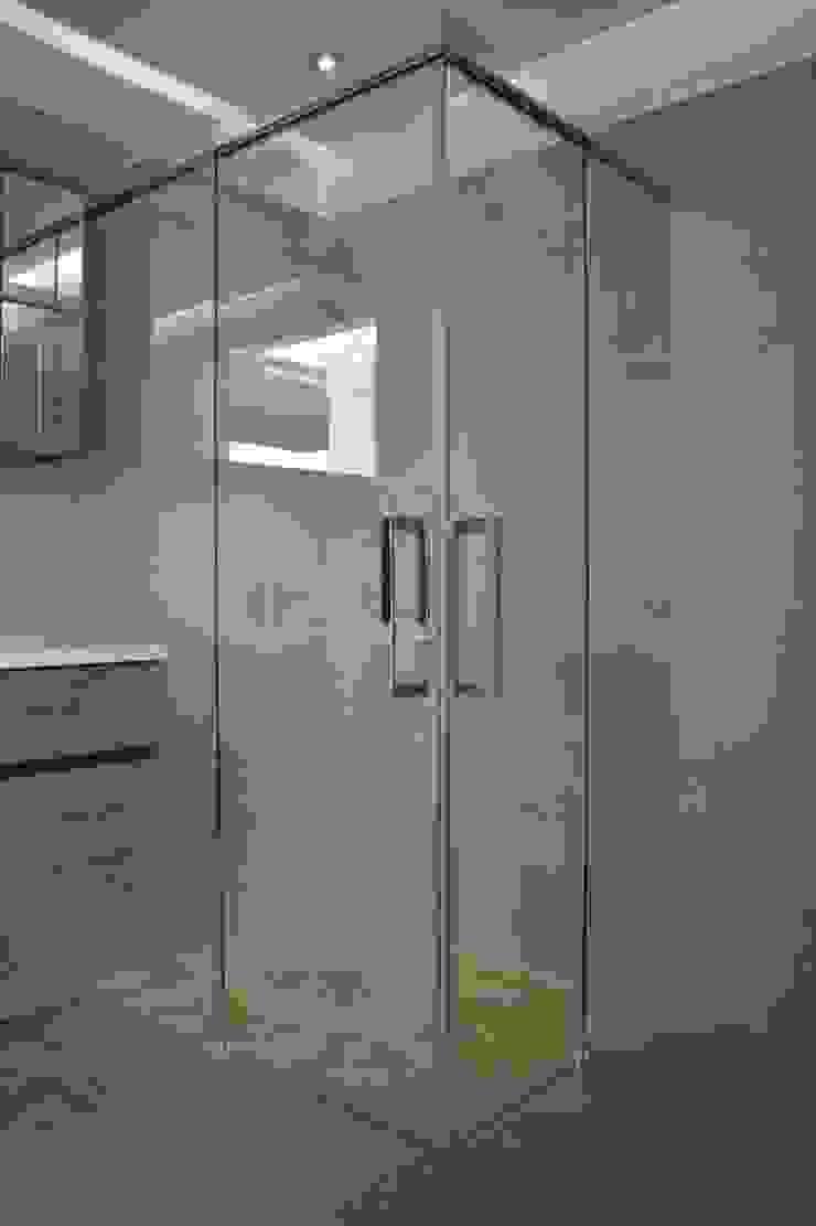 Concepts Moderne badkamers van Aquaconcept Modern