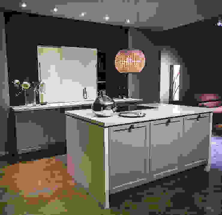 Dapur oleh Mitmi Design
