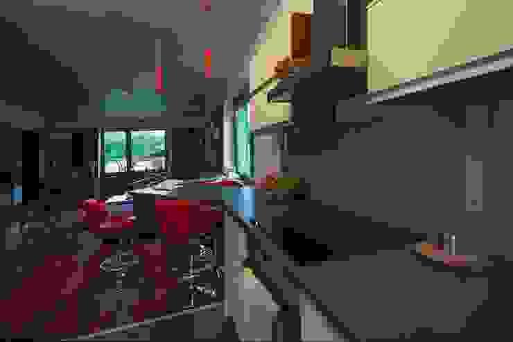Mieszkanie Nowoczesna kuchnia od 3D2 design art Nowoczesny