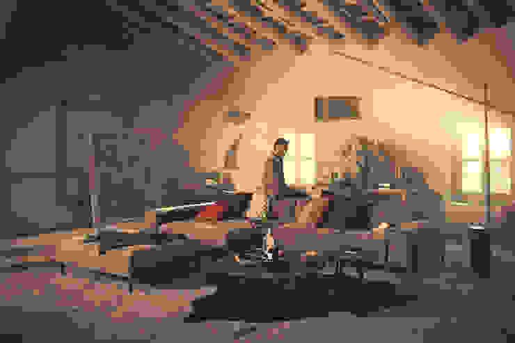 modern  door Avelis GmbH & Co KG, Modern Leer Grijs