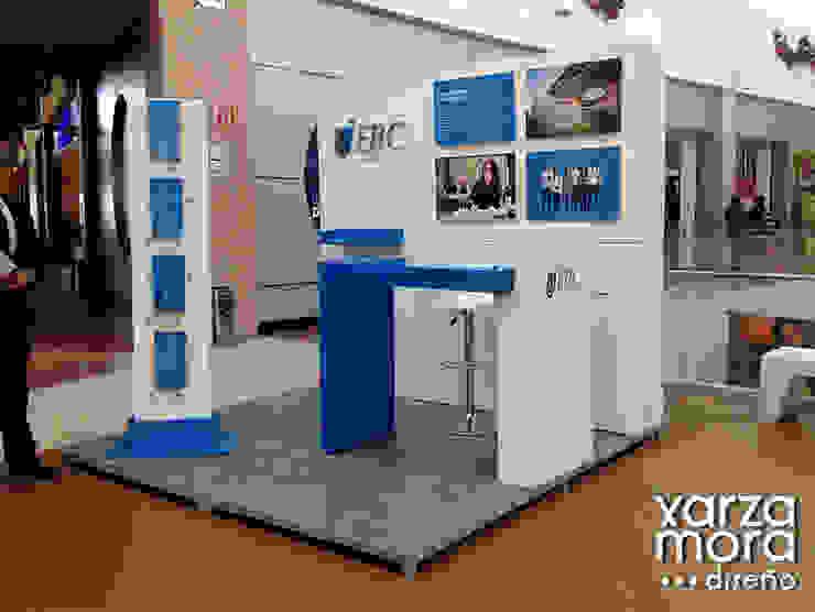 EBC Centros comerciales de estilo minimalista de Xarzamora Diseño Minimalista