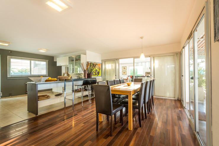 Salas de jantar modernas por barqs bisio arquitectos Moderno