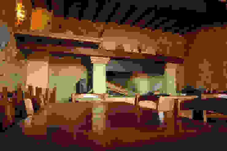 Architetto Ghirga Massimo Rustic style kitchen