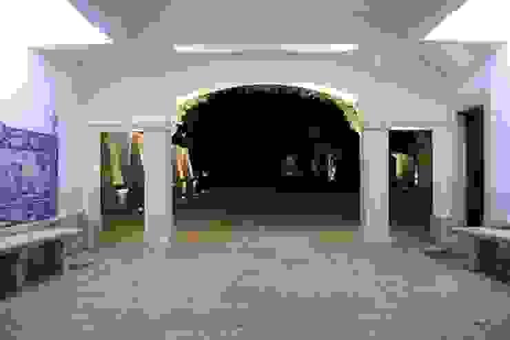 Pasillos, vestíbulos y escaleras clásicas de Visual Stimuli Clásico