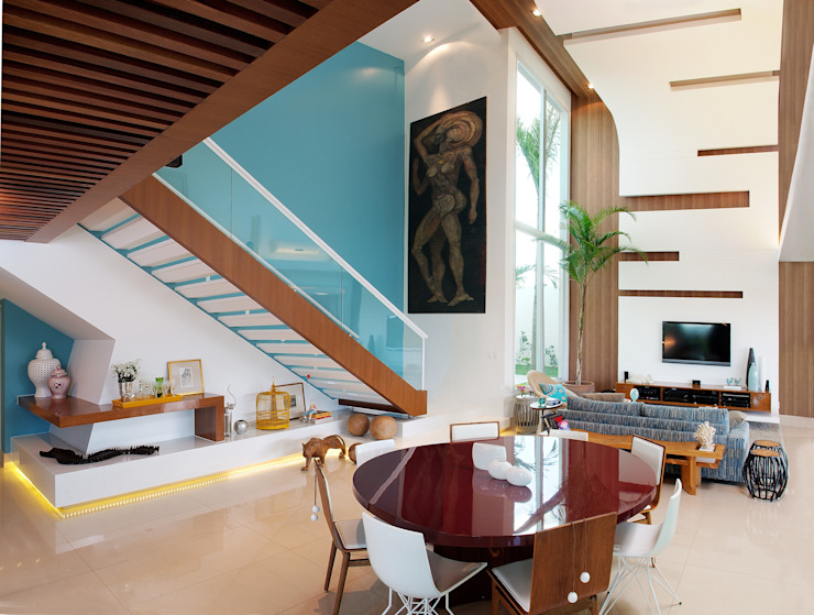 Pasillos, vestíbulos y escaleras minimalistas de 360arquitetura Minimalista
