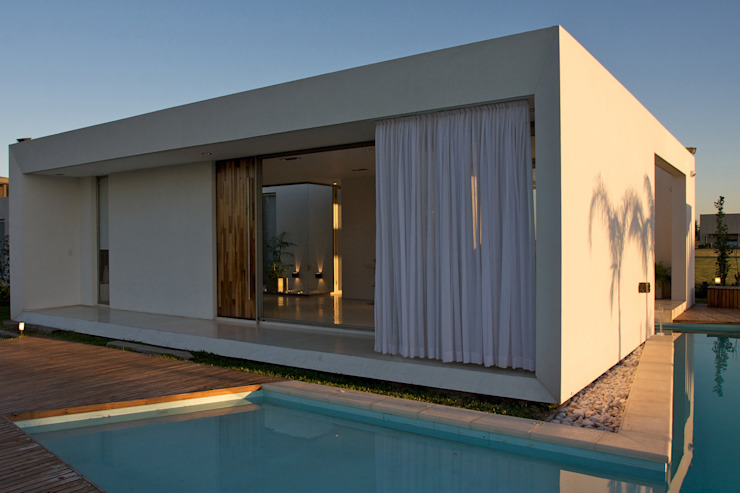 Casa MC Golf Club Moderne Häuser von VISMARACORSI ARQUITECTOS Modern