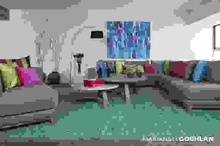 Sala Salones modernos de MARIANGEL COGHLAN Moderno