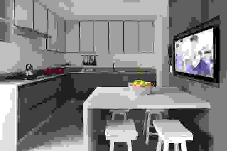 Hildebrand Silva Arquitetura - Cidade Jardim Cozinhas modernas por Mariana Orsi Fotografia Moderno