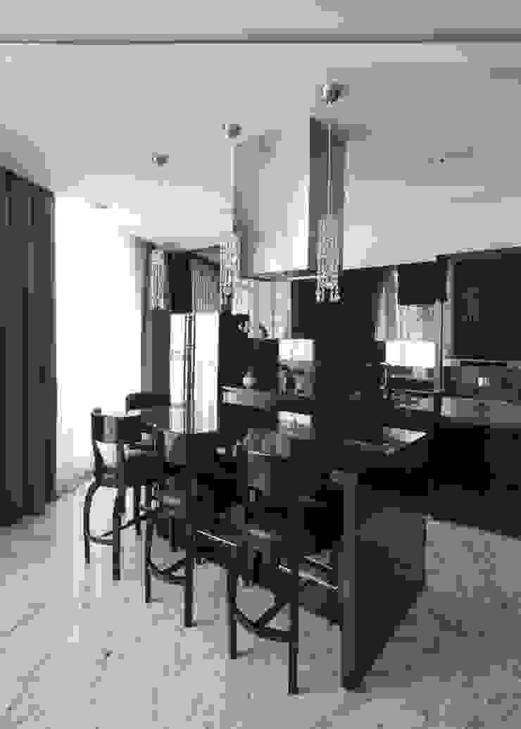 Борисоглебский квартира Кухни в эклектичном стиле от bakhmetiev.com Эклектичный