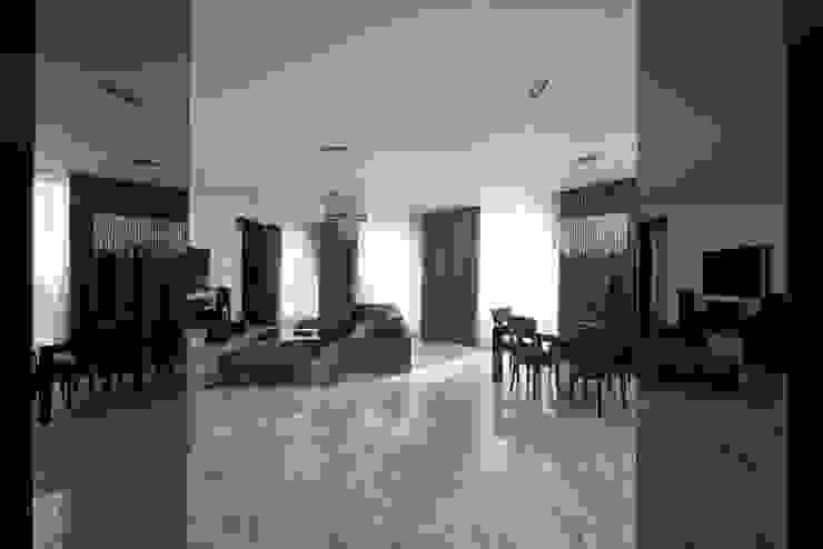 Борисоглебский квартира Медиа комнаты в эклектичном стиле от bakhmetiev.com Эклектичный