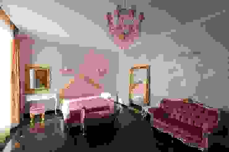 Борисоглебский квартира Спальня в эклектичном стиле от bakhmetiev.com Эклектичный