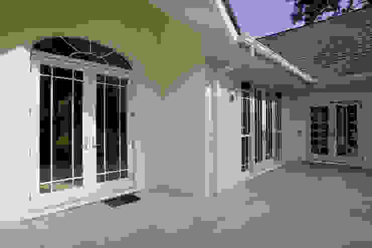 French Doors Combined with Sash Windows Marvin Windows and Doors UK Pintu & Jendela Gaya Klasik