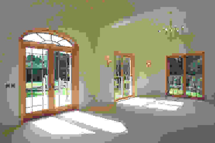 Timber Doors Marvin Windows and Doors UK Pintu & Jendela Gaya Klasik