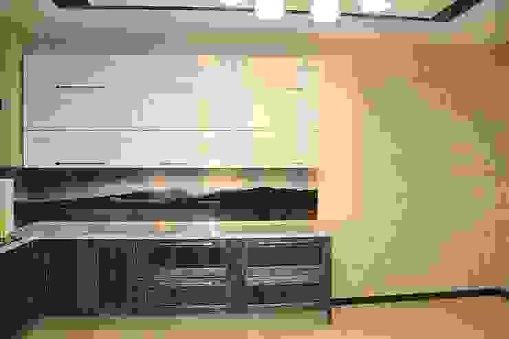 """Фото ремонта квартиры в ЖК """"Адмирал"""" Кухня в стиле модерн от Студия интерьерного дизайна happy.design Модерн"""