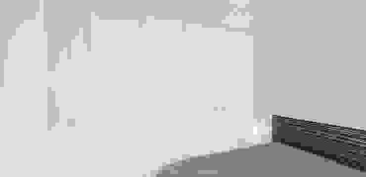 Camera da letto minimalista di Esteban Rosell Minimalista