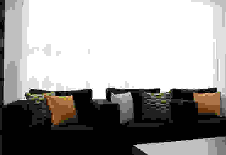 Luery Papelaria Espaços comerciais modernos por Red Centre - Interiors Harmony, by Design Moderno