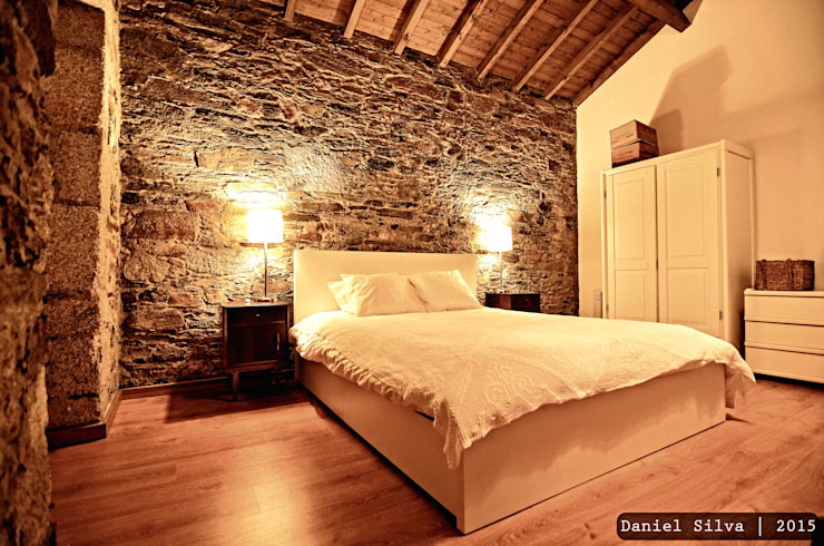 Bedroom by Casa do Páteo, Rustic