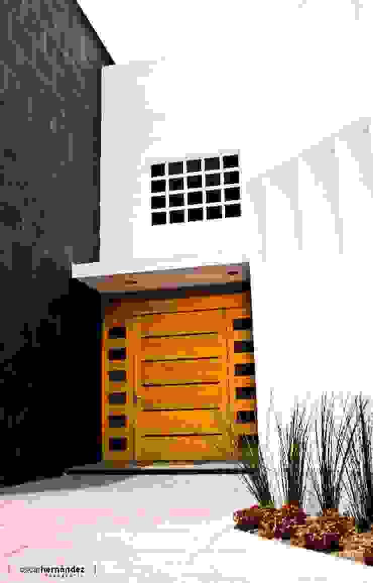 Casas modernas por MATE - ARQUITECTOS Moderno Pedra Calcária