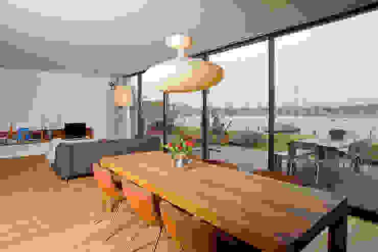 VILLA DE WAARD MENSINK, Ijburg, Amsterdam KENK Architecten Moderne eetkamers van KENK architecten Modern