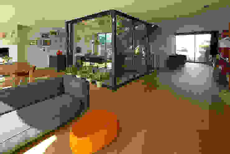 VILLA DE WAARD MENSINK, Ijburg, Amsterdam KENK Architecten Moderne woonkamers van KENK architecten Modern