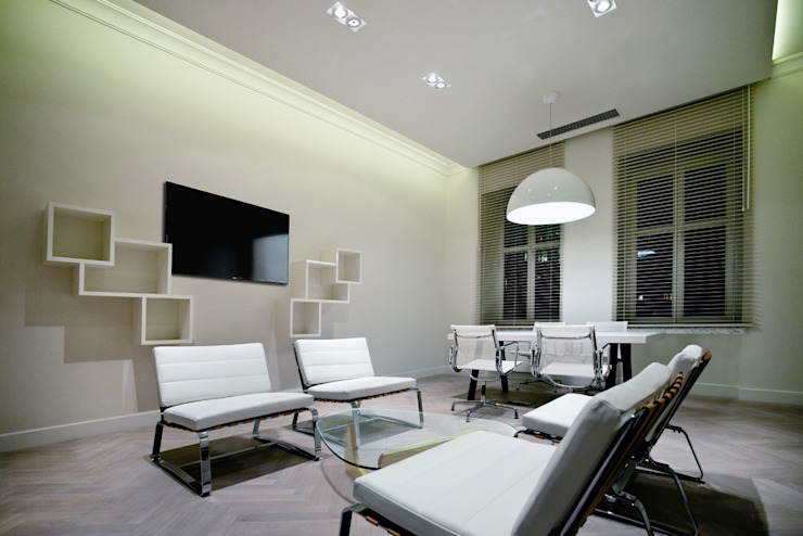 Офисы и магазины в стиле модерн от INSPACE Модерн