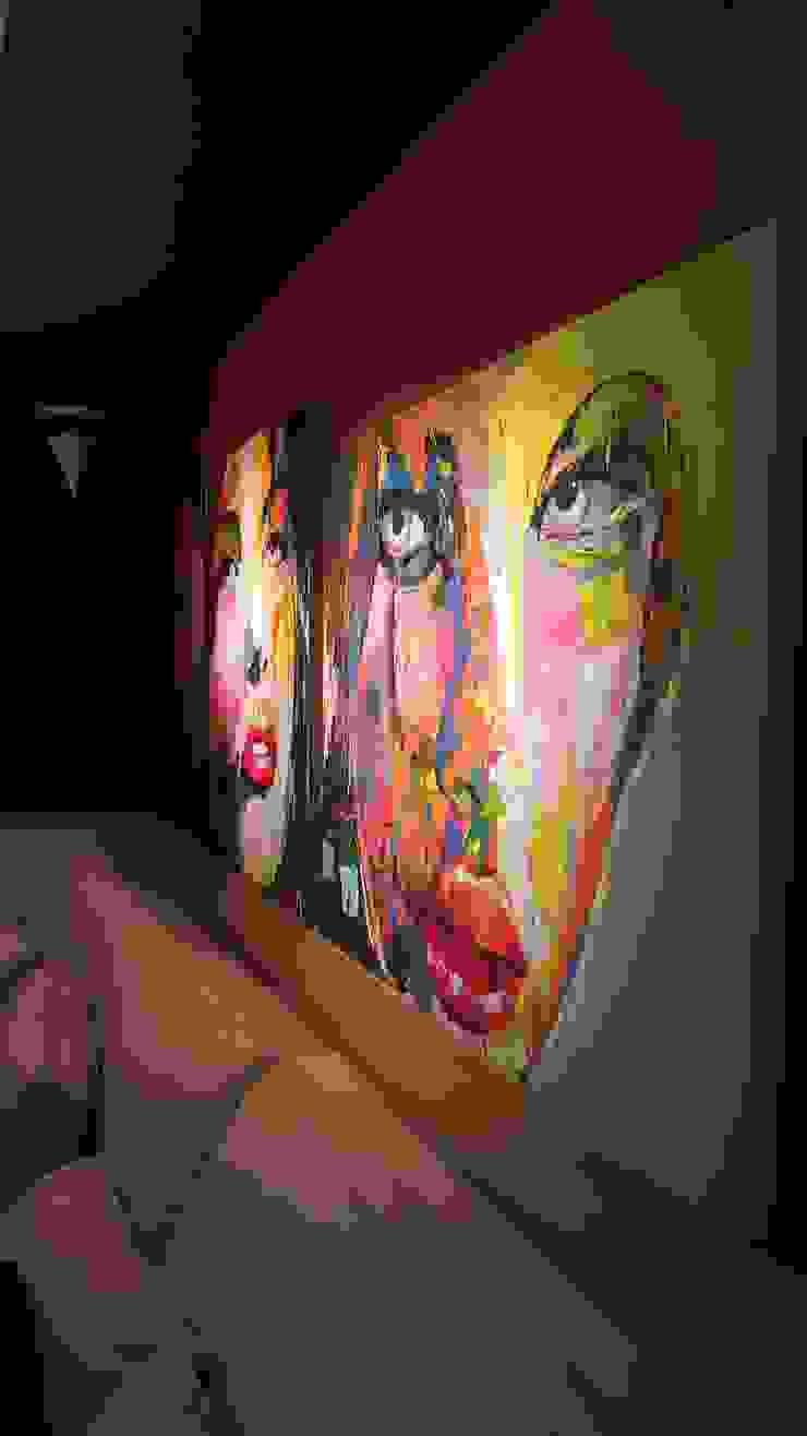 Telas com cores vibrantes e muita personalidade. por Lucio Nocito Arquitetura e Design de Interiores Moderno