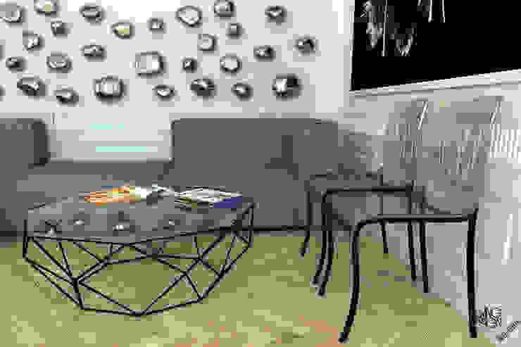 little drops of silver Nowoczesny salon od Living by Design - sztuka tworzenia przestrzeni Nowoczesny