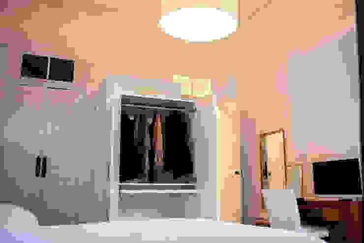 Bastos & Cabral - Arquitectos, Lda. | 2B&C Eclectic style dressing rooms