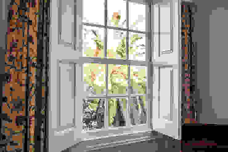 オリジナルな 窓&ドア の Bastos & Cabral - Arquitectos, Lda. | 2B&C オリジナル
