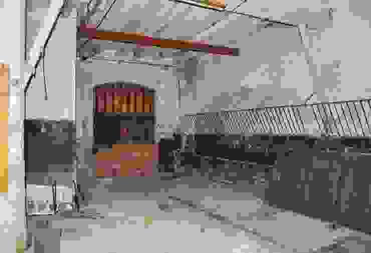 Garage/shed by lluiscorbellajordi,