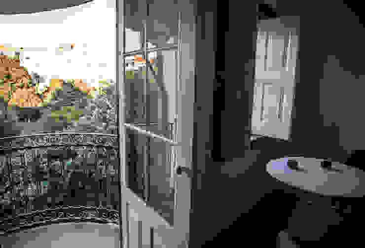Bastos & Cabral - Arquitectos, Lda. | 2B&C Eclectic style windows & doors