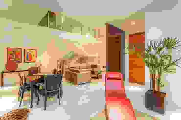 JANAINA NAVES - Design & Arquitetura Modern Oturma Odası