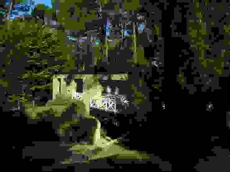 Dentro del bosque de Rr+a bureau de arquitectos - La Plata