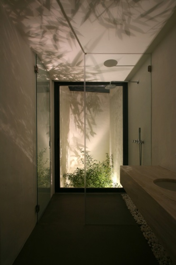 Modern bathroom by Visual Stimuli Modern
