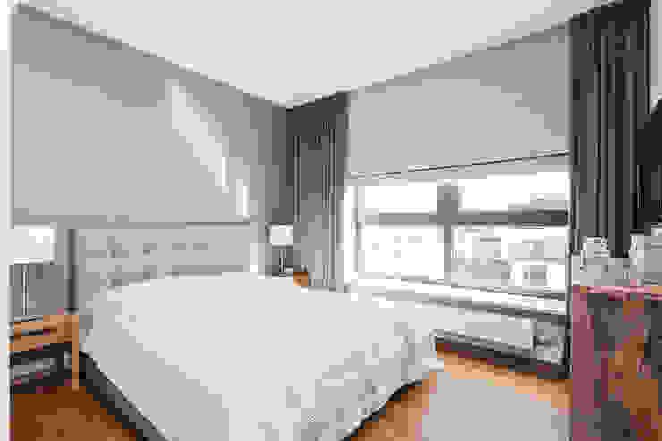 Mieszkanie z Miasteczka Wilanów: styl , w kategorii Sypialnia zaprojektowany przez Michał Młynarczyk Fotograf Wnętrz,Nowoczesny