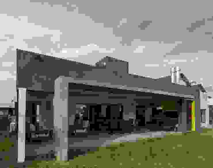 Casa Los Tipales  L78: Casas de estilo  por M2a Arquitectura,Moderno