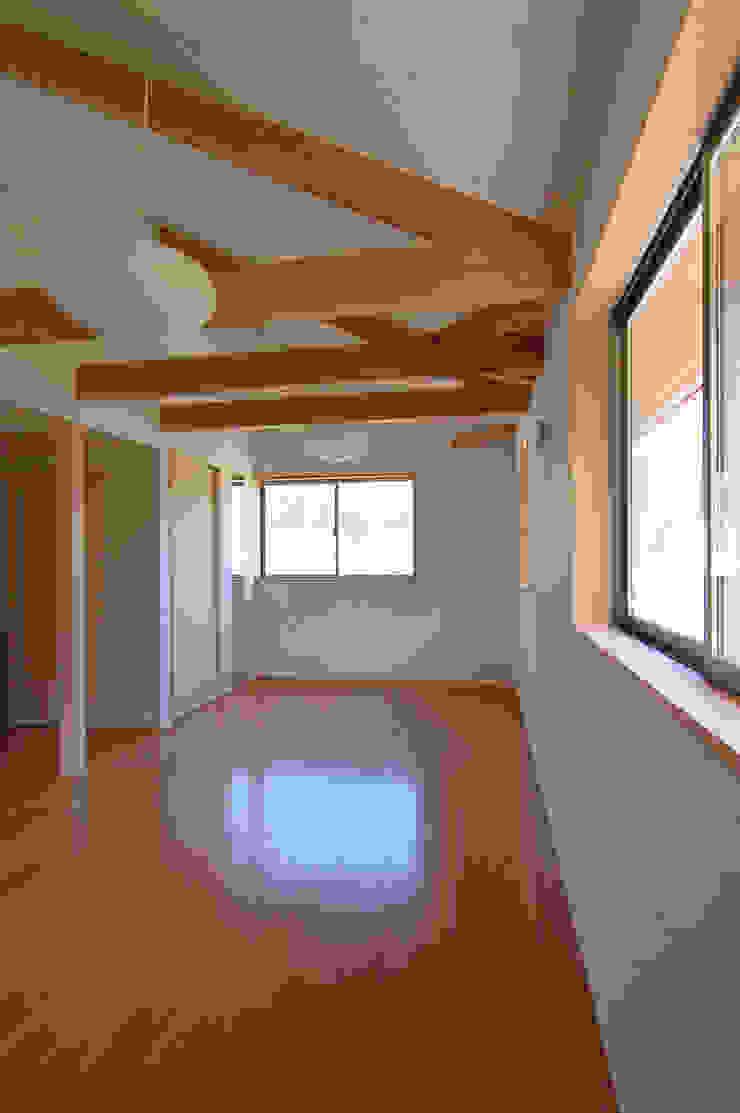 子供が自由に遊べる空間 和風デザインの 子供部屋 の 今村建築一級建築士事務所 和風