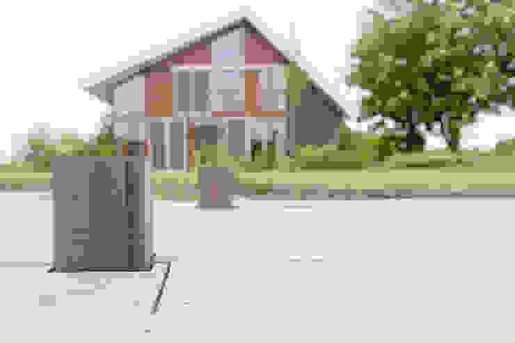 Vaste planten tuin in Houten Scandinavische huizen van Dutch Quality Gardens, Mocking Hoveniers Scandinavisch