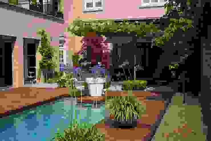 Pool by Hoveniersbedrijf Guy Wolfs, Modern