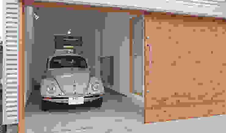 Garages de estilo  por 株式会社デザインスタジオ麦工房