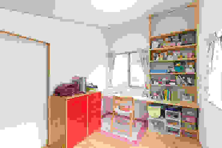 葛城の家: 株式会社 atelier waonが手掛けた子供部屋です。,モダン